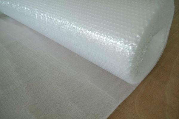 Cuộn xốp hơi dùng để bảo vệ hàng hóa