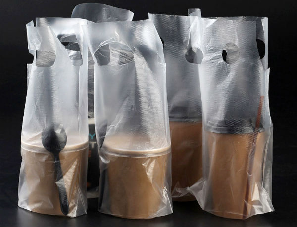 Túi nilon PE được sử dụng để đựng đồ